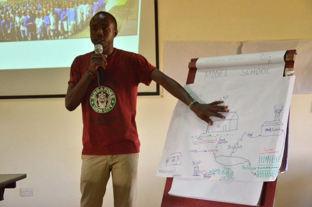 WildlifeDirect explaining the possibilities of a Model School in Enkijape